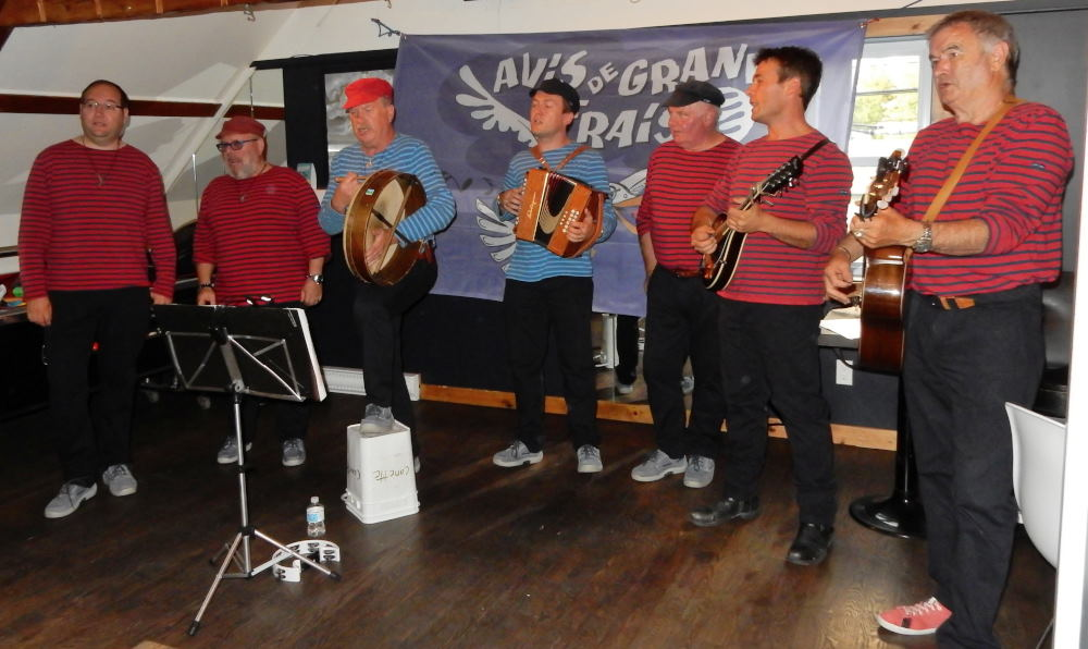 Photos/fete_des_chants_de_marins/2015-08-13-19h20m19.JPG
